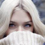 Dziewczyna z jasnymi blond włosami