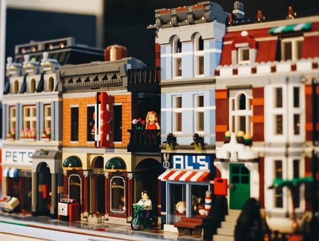 Miasto zbudowane z lego.