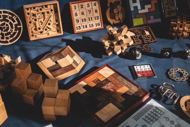 Drewniane gry.